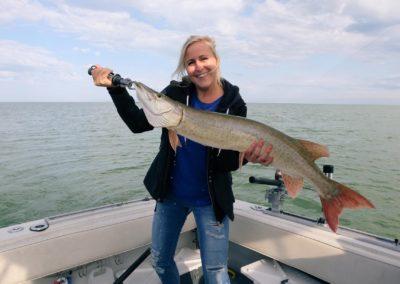 Hunting musky at Lake St. Clair